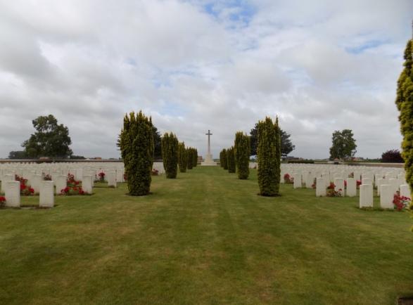 Mendinghem Military Cemetery.jpeg